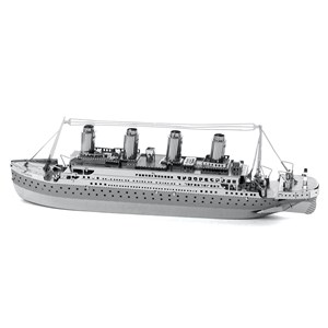 "Metal Earth (Metal-Earth-MMS030) - ""Titanic"" - 56 pieces puzzle"